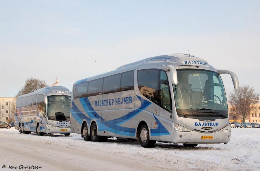 Bajstrup Rejser 7/TJ94040 og 8/TM88081 på Exe i Flensburg den 3. december 2010