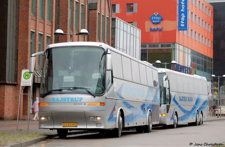 Bajstrup Rejser 6/OV94550 ved ZOB i Flensburg den 9. juni 2009