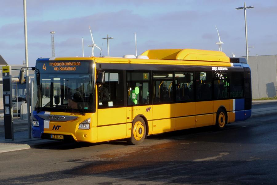 Jørns Rutetrafik 6459/AZ60091 på Rutebilstationen i Frederikshavn den 16. november 2018
