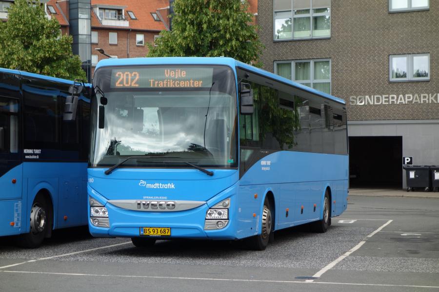 Brande Buslinier 184/BS93687 på Vejle Trafikcenter den 21. juni 2018
