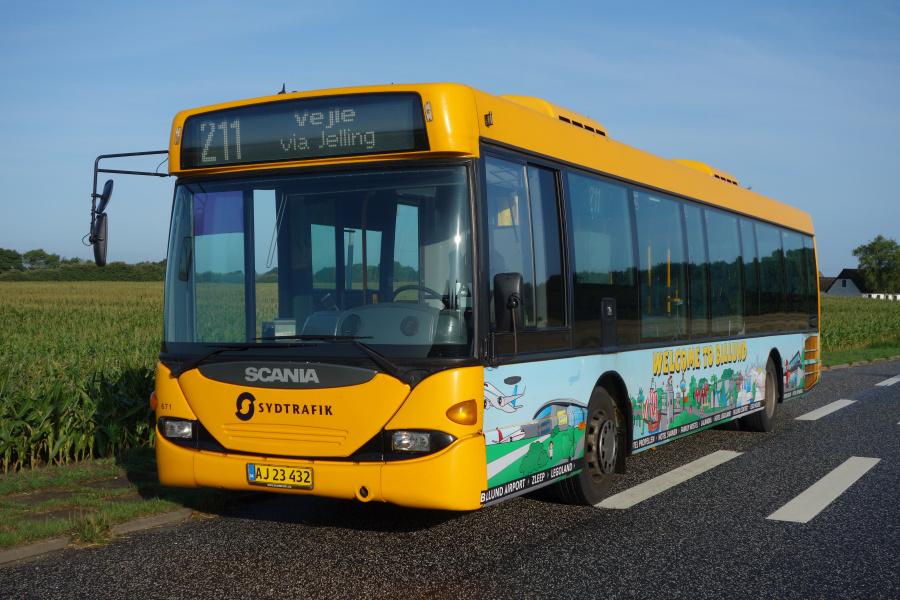 Umove 671/AJ23432 på Vejlevej mellem Givskud og Jelling den 20. august 2018