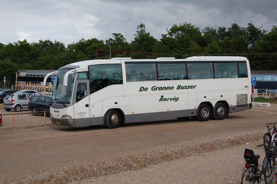 De Grønne Busser US88876 ved Roskilde Vest Station den 27. juni 2013