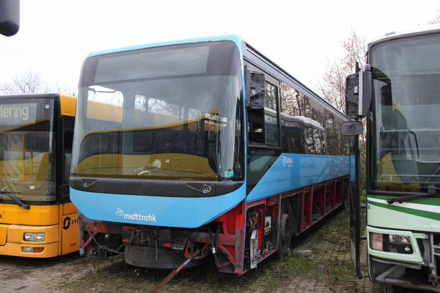 Ex. Arriva 2283 ved Vejstruprød Busimport i Christiansfeld den 20. november 2018