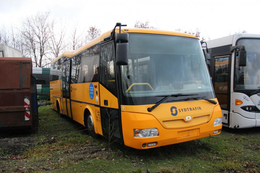 Ex. Tide Bus 8810 ved Vejstruprød Busimport i Christiansfeld den 20. november 2018