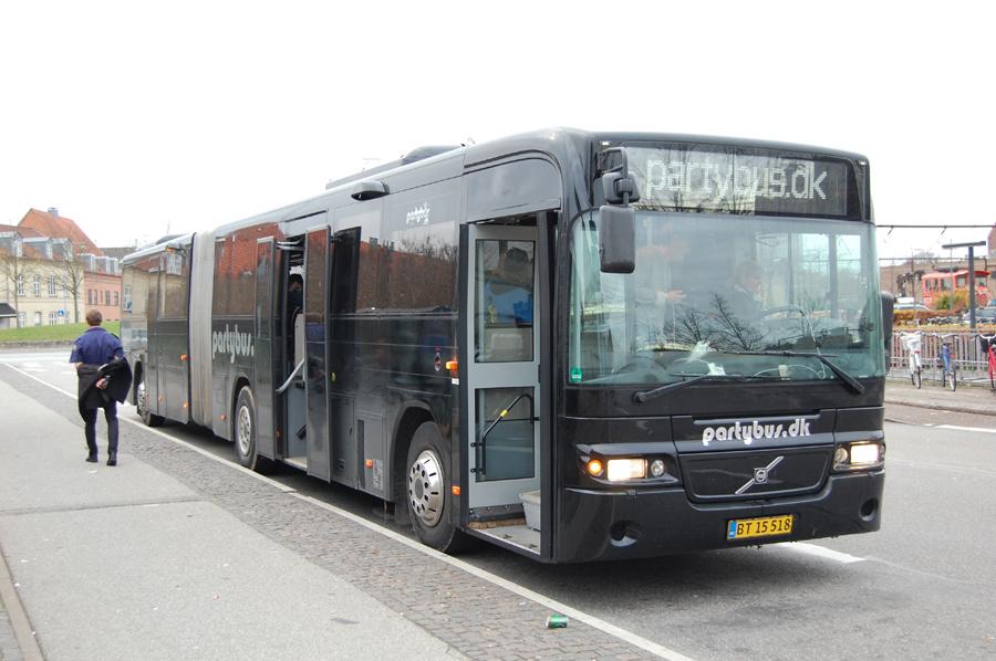 Partybus.dk BT15518 på Ny Østergade i Roskilde den 25. november 2018