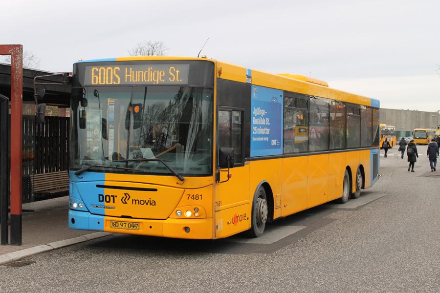 Umove 7481/XD97097 ved Hillerød Station den 20. november 2016