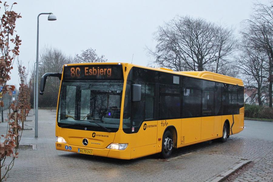 Tide Bus 8751/AG70243 på Rutebilstationen i Ribe den 2. december 2018