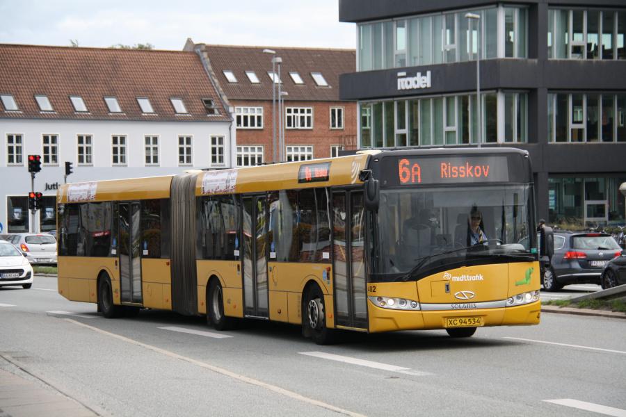 Århus Sporveje 482/XC94534 på Viby Torv i Viby den 28. august 2018