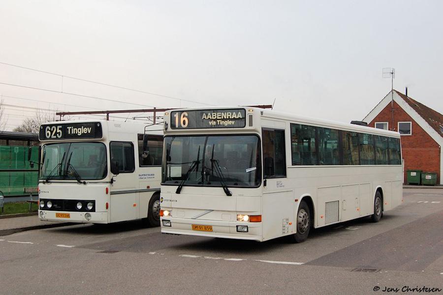 Bajstrup Rejser 33/OM91859 ved Tinglev Station den 9. marts 2007
