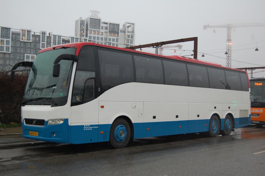 De Blaa Busser 166/AW80371 på Ingerslevsgade i København den 7. december 2018