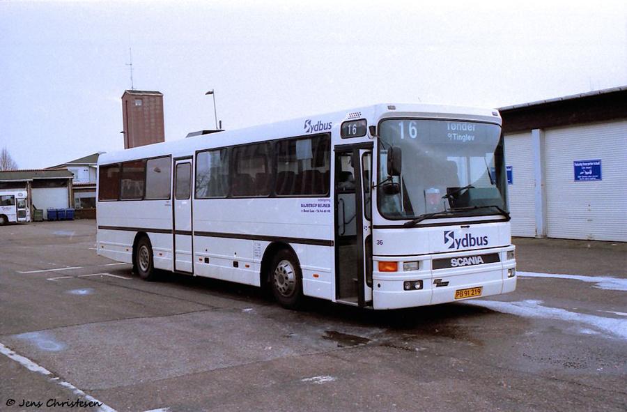 Bajstrup Rejser 36/PB91219 på Aabenraa Rutebilstation den 11. marts 2005