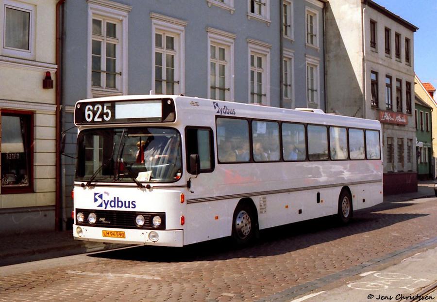 Bajstrup Rejser LH94590 på Schiffbrücke i Flensburg i Tyskland i juli 1997