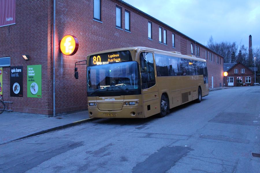 Århus Sporveje 117/TX90765 ved Malling Station den 27. februar 2018