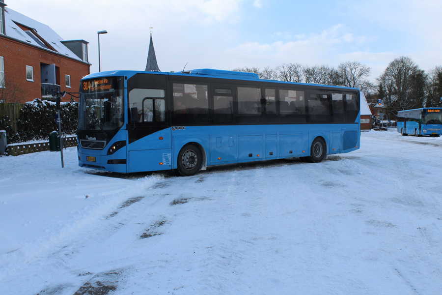 Todbjerg Busser 607/AN65682 på Hammel Rutebilstation den 27. februar 2018