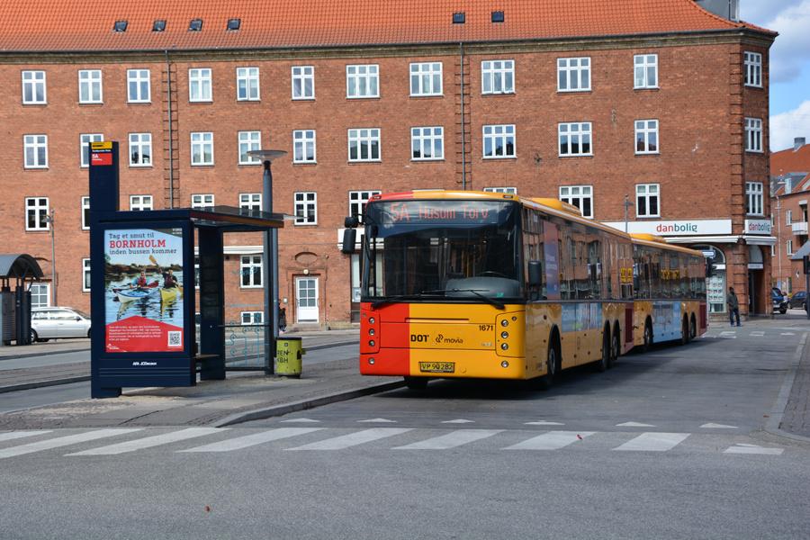 Arriva 1671/VP90282 på Sundbyvester Plads i København den 22. april 2017