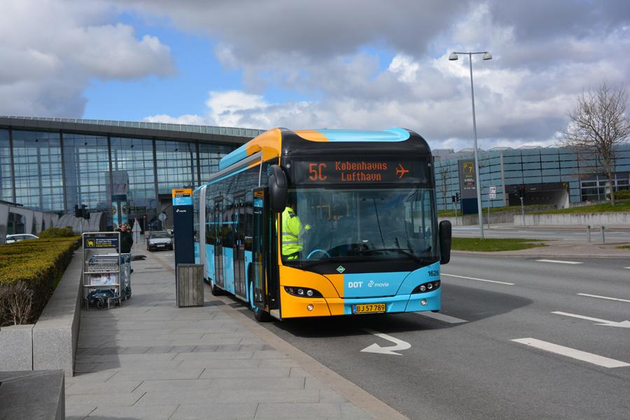Arriva 1626/BJ57789 i Københavns Lufthavn den 23. april 2017
