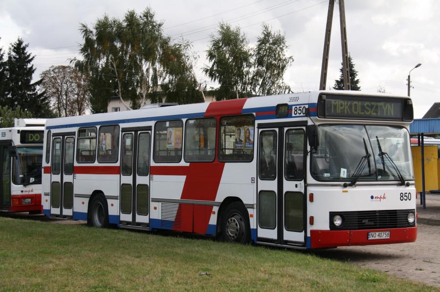 MPK Olsztyn 850/NO40758 i Olsztyn i Polen den 5. oktober 2011