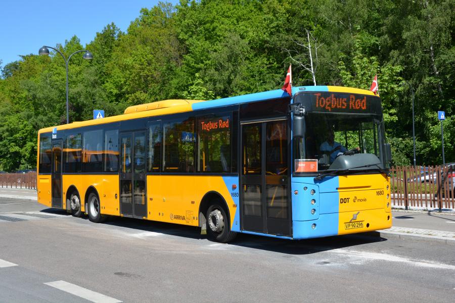 Arriva 1680/VP90296 på Holte Station den 26. maj 2017