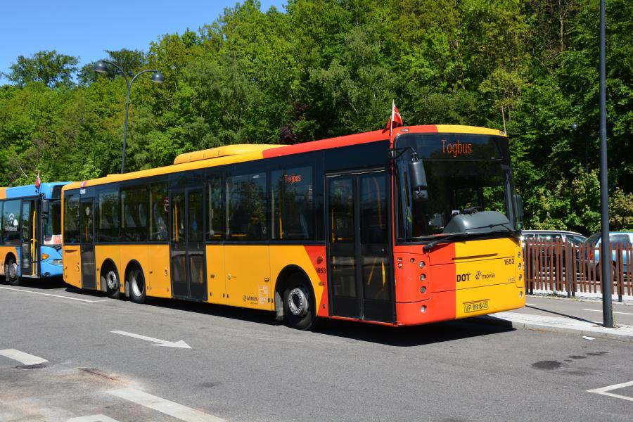 Arriva 1653/VP89845 på Holte Station den 26. maj 2017