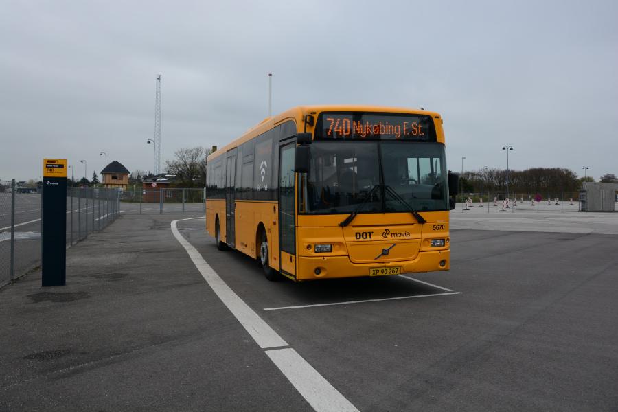 Arriva 5670/XP90267 ved Gedser Færge den 6. maj 2017