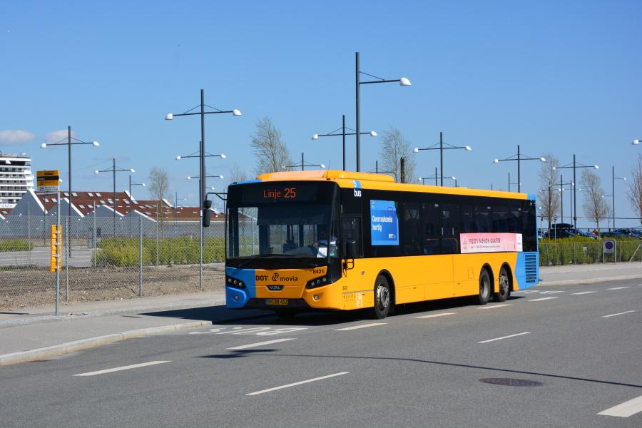 Keolis 8421/DG88452 på Oceankaj i Københavns Nordhavn den 30. april 2017