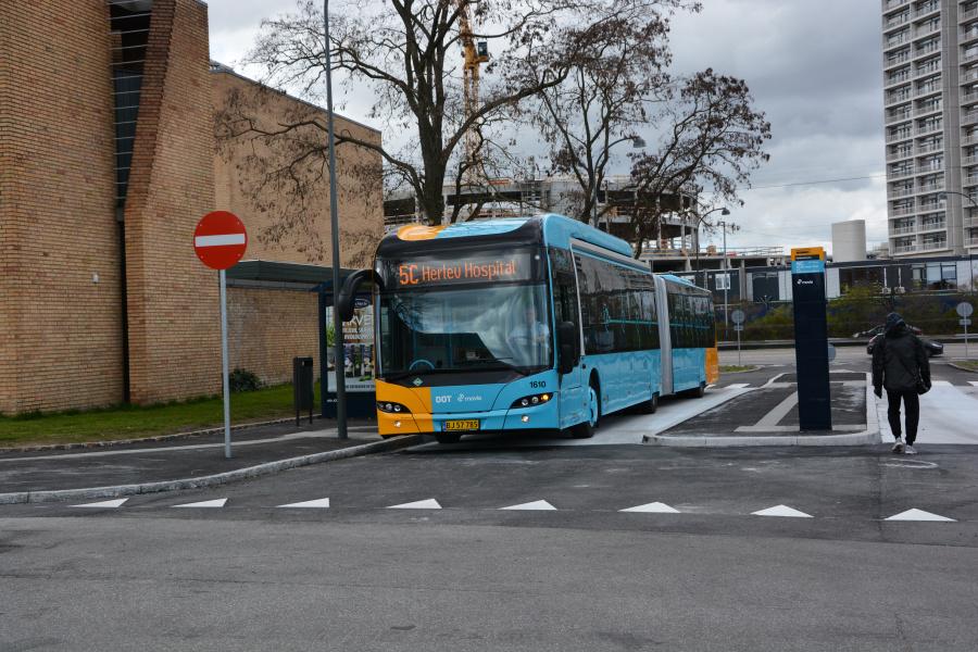 Arriva 1610/BJ56474 på Hyldemorsvej i Herlev den 23. april 2017