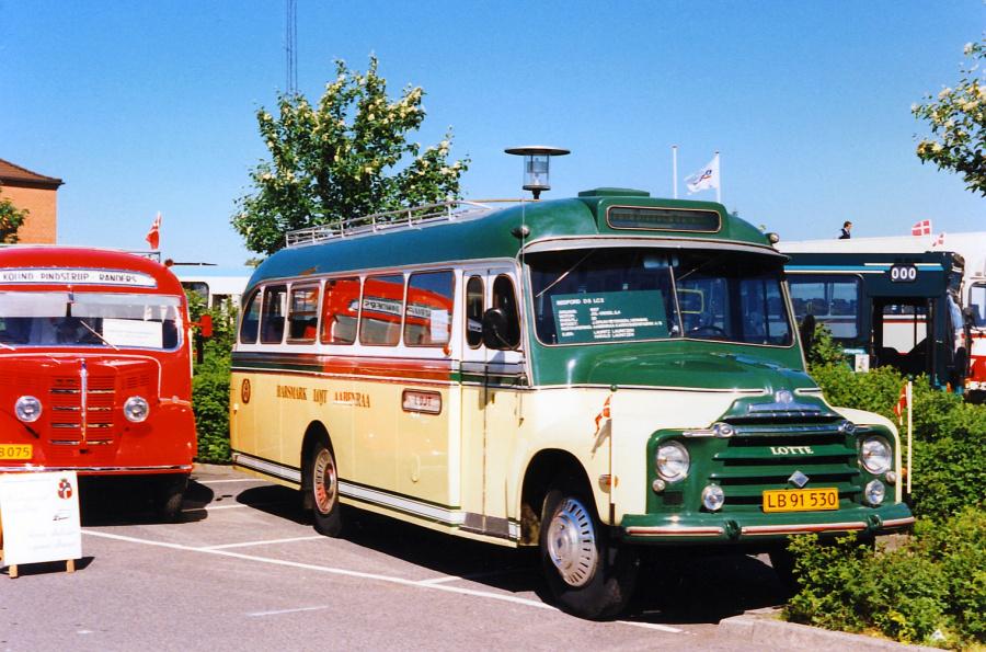 Løjt Kirkeby Buslinier LB91530 ved LDBs delegeretmøde i Slagelse den 19. maj 1990