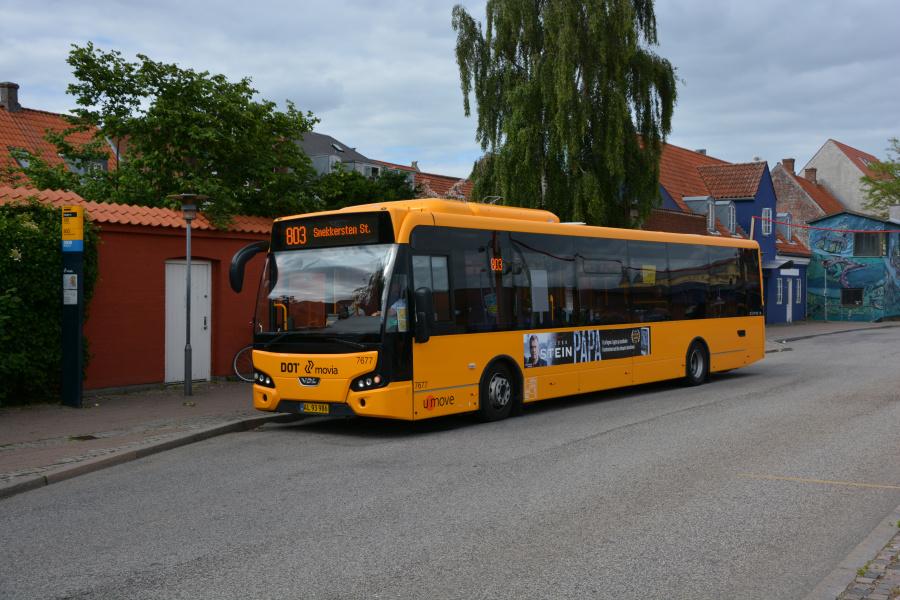 Umove 7677/AL93986 ved Helsingør Station den 20. juni 2017