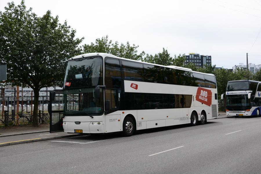 Dansk Turistfart 17/AS91162 på Ingerslevsgade i København den 10. juli 2017