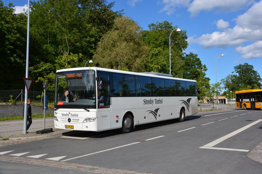 Strøby Turist 60-1/AJ88363 på Snekkersten Station den 4. juli 2017