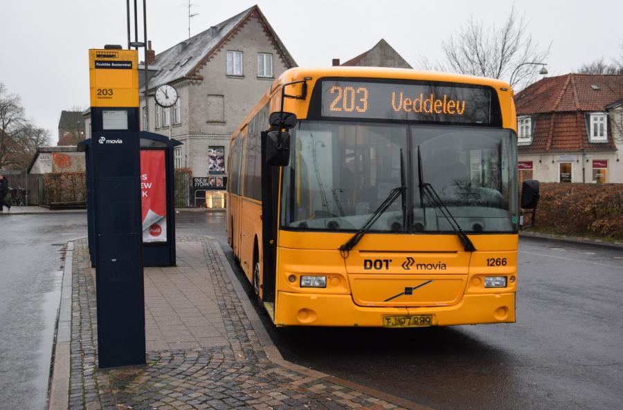 Arriva 1266/TJ97889 på Roskilde Station den 27. december 2018