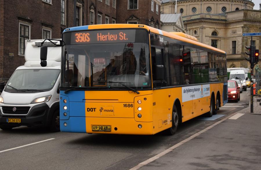 Arriva 1686/VP90494 på Kongens Nytorv i København den 28. december 2018
