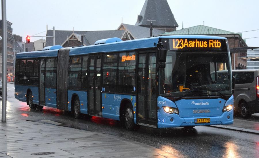 Arriva 2701/BX97470 på Havnegade i Århus den 28. januar 2019