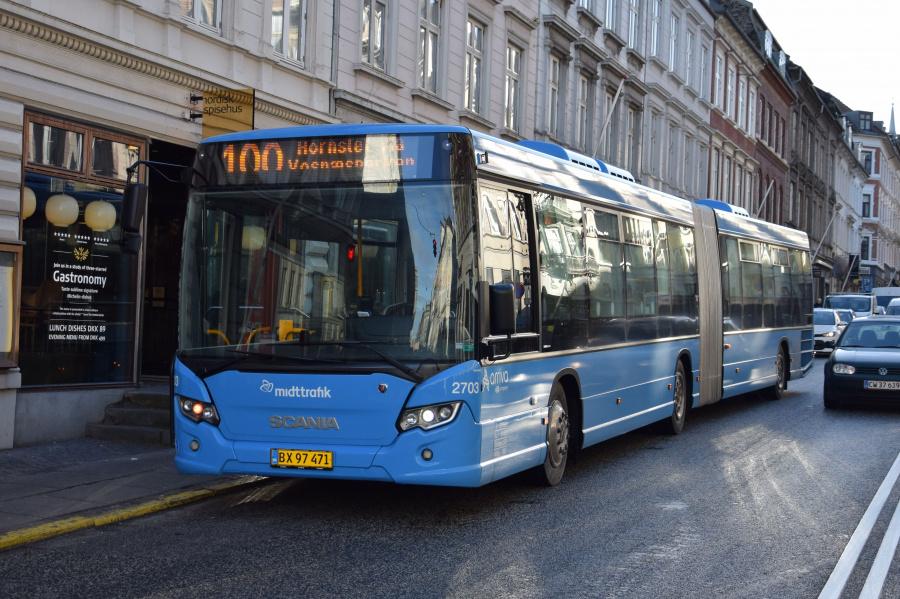 Arriva 2703/BX97471 på M.P.Bruuns Gade i Århus den 29. januar 2019