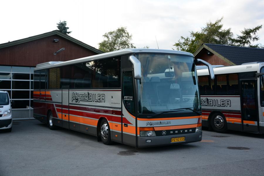 Østergaards Biler PZ92533 i garagen i Hjallerup den 2. september 2017