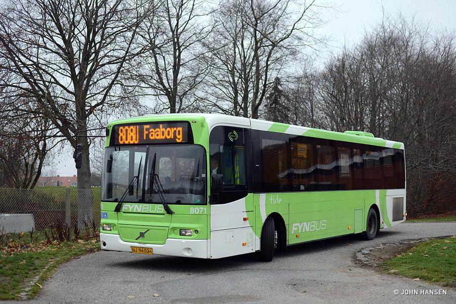 Tide Bus 8071/UJ94024 på Billedskærervej i Odense den 23. november 2018