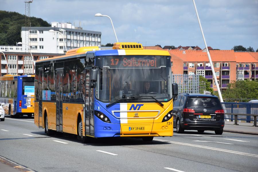 Keolis 724/AY19683 på Limfjordbroen i Nørresundby den 26. juni 2017