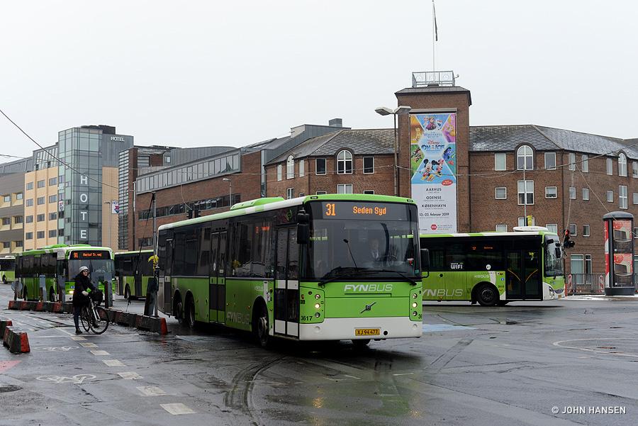 Keolis 3617/XJ94477 på Østre Stationsvej i Odense den 26. januar 2019