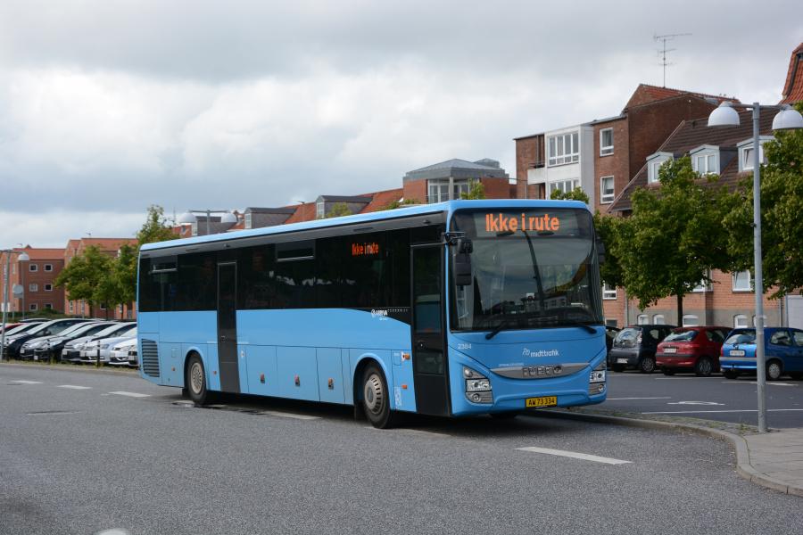 Arriva 2384/AW73334 på Silkeborg Station den 5. august 2017