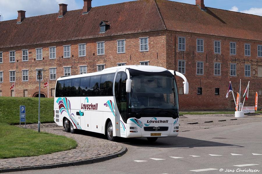 Løvschall Bus UL88405 ved Sønderborg slot den 16. juni 2019