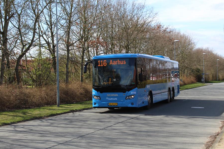 Arriva 2716/CA40437 på Frichsvej i Galten den 28. marts 2019