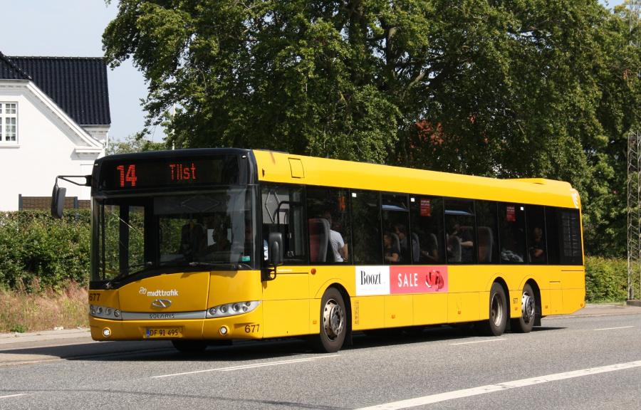 Århus Sporveje 677/DF91495 på Viborgvej i Hasle den 25. juni 2019