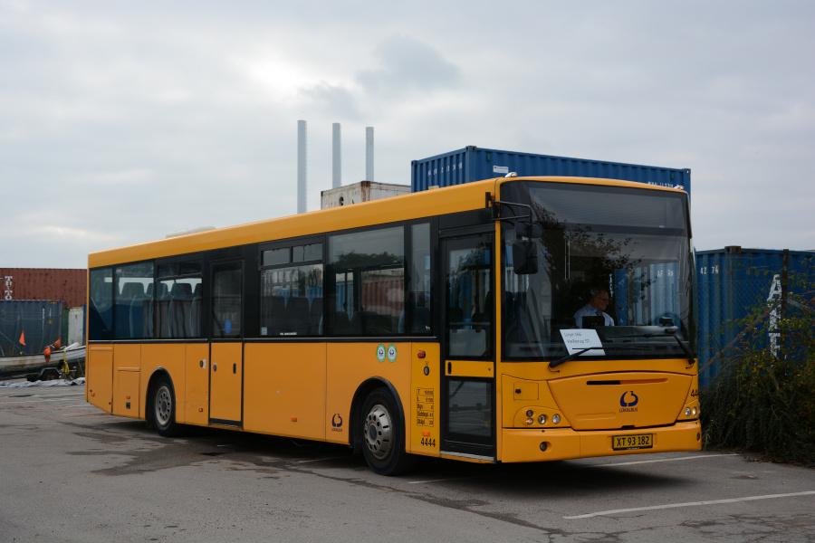 Lokalbus 4444/XT93182 ved Skudehavnsvej på Østerbro den 16. oktober 2017