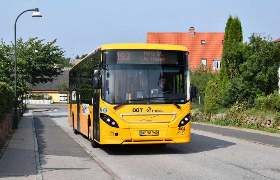 De Blaa Omnibusser 4104/AP58940 på Nærumgårdsvej i Nærum den 28. august 2019