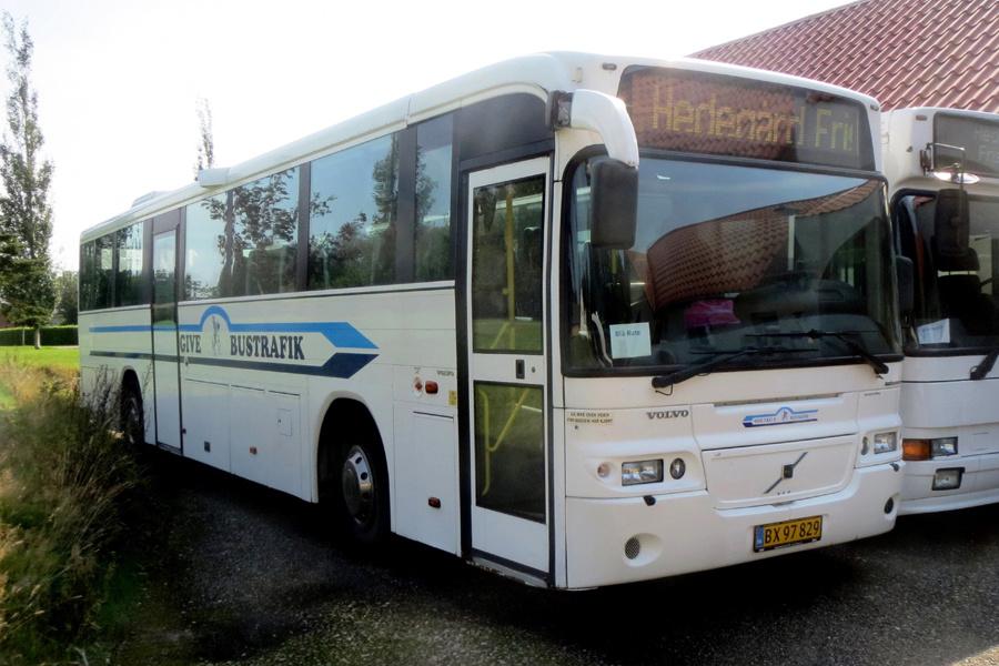 Give Taxi og Bustrafik BX97829 i Hedegård den 28. august 2019