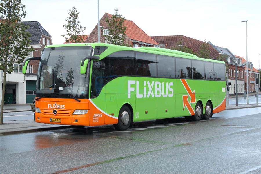 Jørns Busrejser 6346/BX28336 ved Rutebilstationen i Esbjerg den 5. september 2019