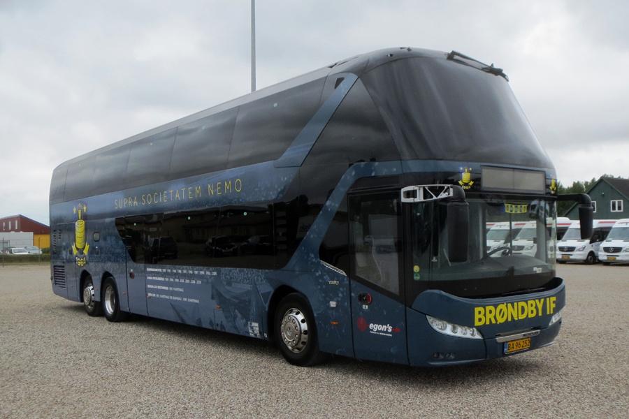 Egons Turist- og Minibusser BA96252 ved garagen i Slagelse den 16. juli 2019