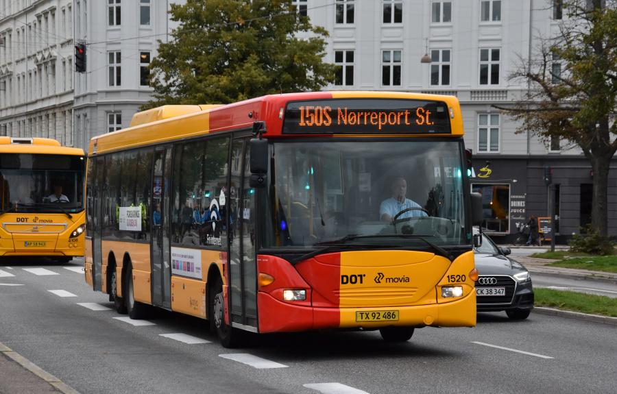 Arriva 1520/TX92486 på Sølvgade i København den 20. september 2019