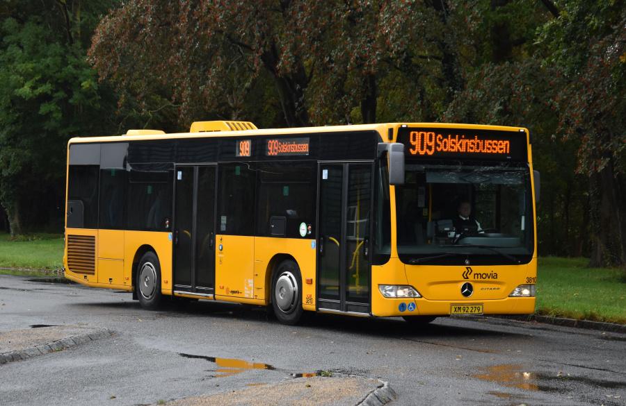 Egons Turist- og Minibusser 3810/XM92279 i Skælskør den 27. september 2019