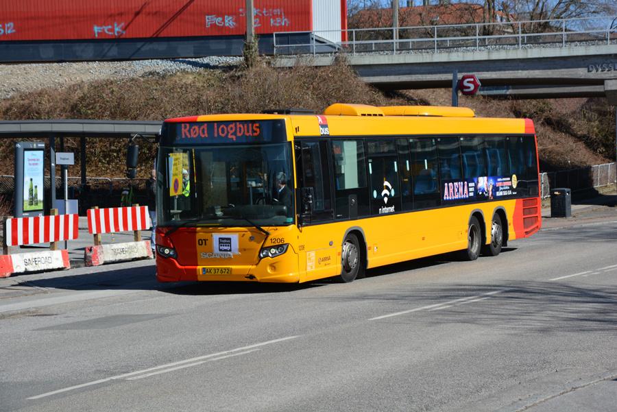 Arriva 1206/AK37672 ved Dyssegård Station den 2. april 2018